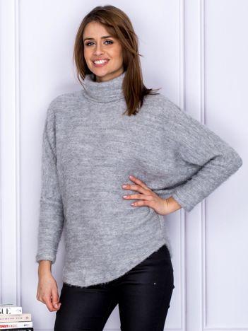 Sweter szary z dłuższym włosem
