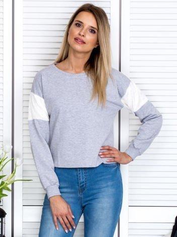 Szara bluza z futerkowymi wstawkami na ramionach