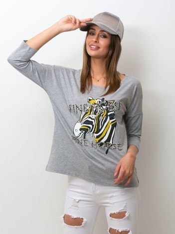 Szara bluzka z zwierzęcym nadrukiem i perełkami