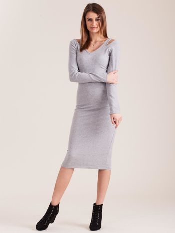 Szara dopasowana sukienka cold shoulder