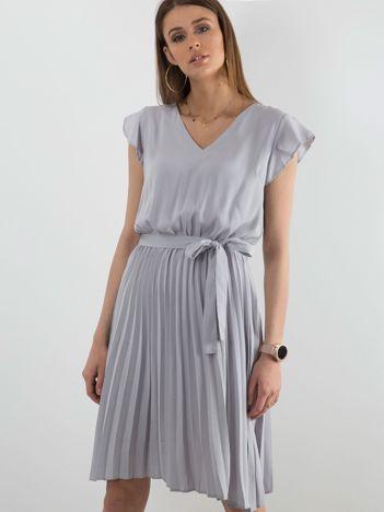 Szara sukienka damska z wiązaniem