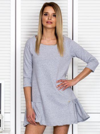 Szara sukienka dresowa z falbankami