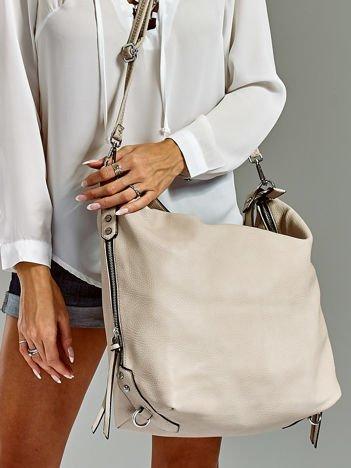 Szara torba z ozdobnymi zamkami po bokach