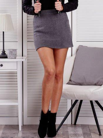 Szara trapezowa spódnica bouclé