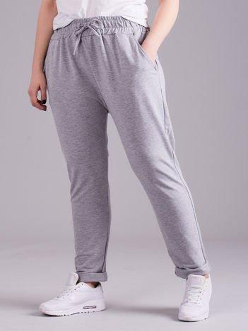 Szare bawełniane damskie spodnie dresowe PLUS SIZE