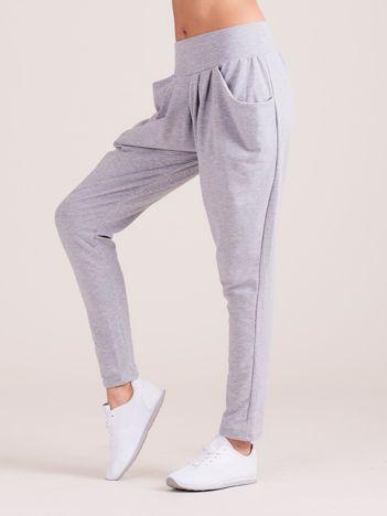 Szare damskie spodnie dresowe pumpy