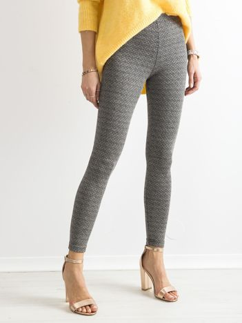 Szare legginsy z drobnym wzorem