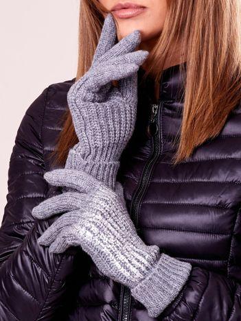 Szare rękawiczki z wełną i błyszcząca aplikacją