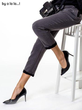 Szare spodnie ze wstążką BY O LA LA