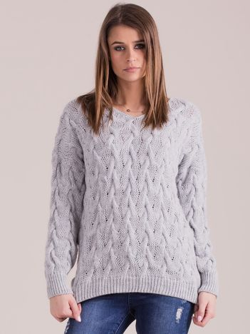 Szary pleciony sweter