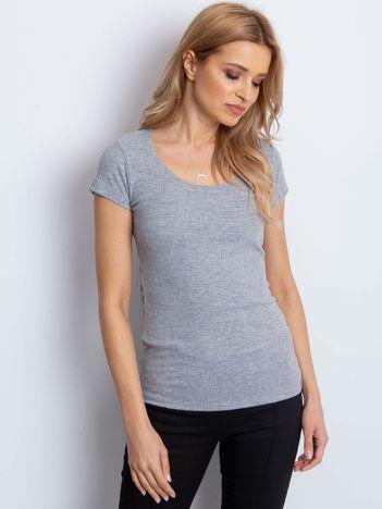 Szary prążkowany t-shirt