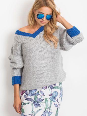 Szary sweter Drive