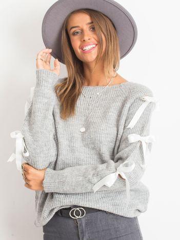 Szary sweter Hailee