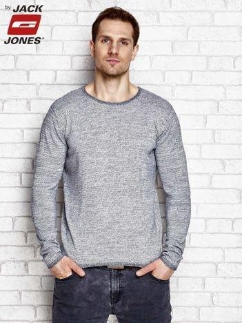 Szary sweter męski w drobny wzór