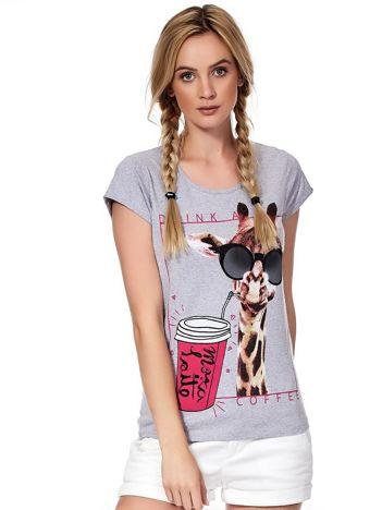 Szary t-shirt z żyrafą