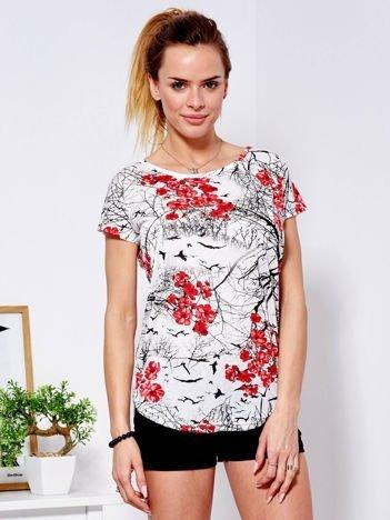 T-shirt beżowy z motywem kwiatowym