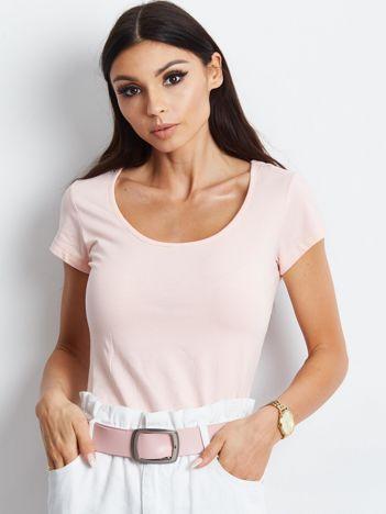 T-shirt brzoskwiniowy z wycięciami z tyłu