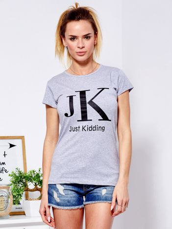 T-shirt jasnoszary JUST KIDDING