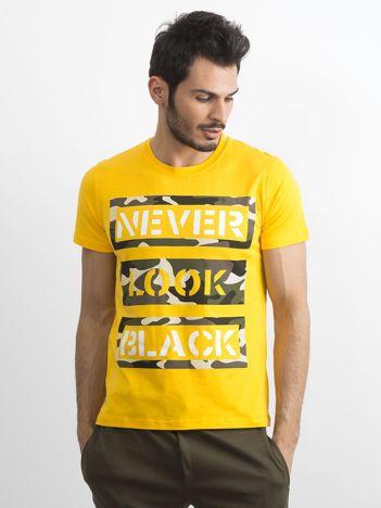 T-shirt męski bawełniany z nadrukiem żółty