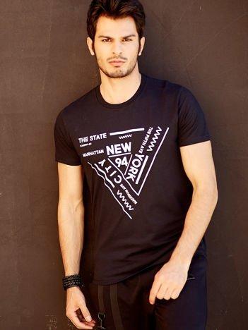 T-shirt męski czarny z geometrycznym nadrukiem