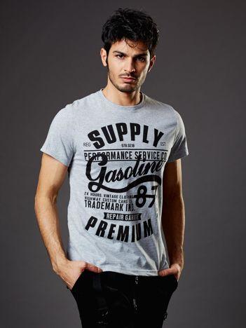 T-shirt męski jasnoszary z nadrukiem vintage