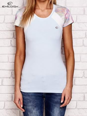 T-shirt z nadrukiem motyli jasnoniebieski