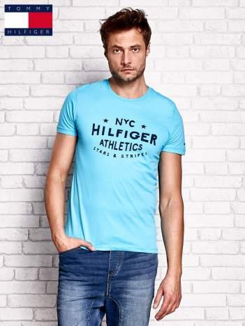 TOMMY HILFIGER Niebieski t-shirt męski z nadrukiem