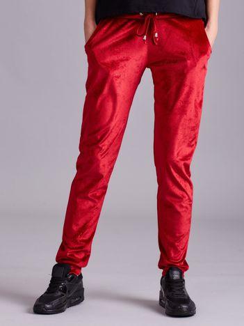 Welurowe spodnie dresowe czerwone