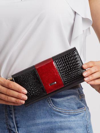 Wiśniowo-czarny skórzany portfel