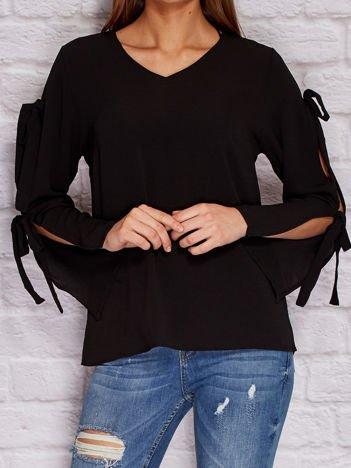 YUPS Czarna bluzka z kokardami