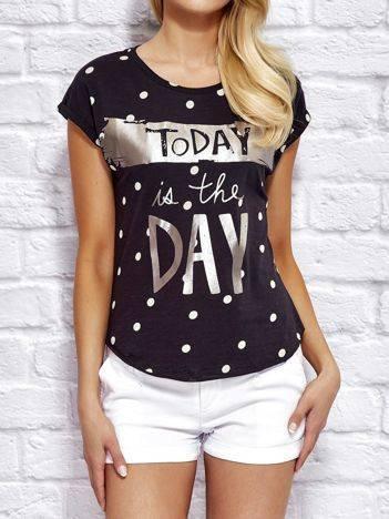 YUPS Czarny t-shirt z z napisem TODAY IS THE DAY