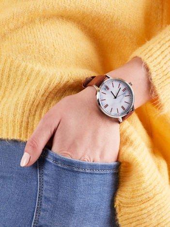 Zegarek damski brązowy z marmurową tarczą
