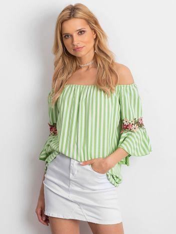 Zielona bluzka hiszpanka w paski z kwiatowymi wstawkami