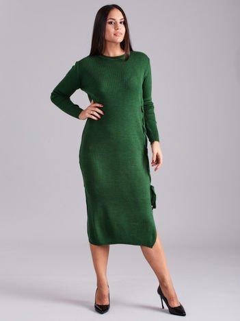 Zielona sukienka dzianinowa z bocznym sznurowaniem