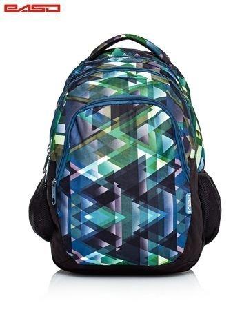 Zielony plecak szkolny w graficzne wzory