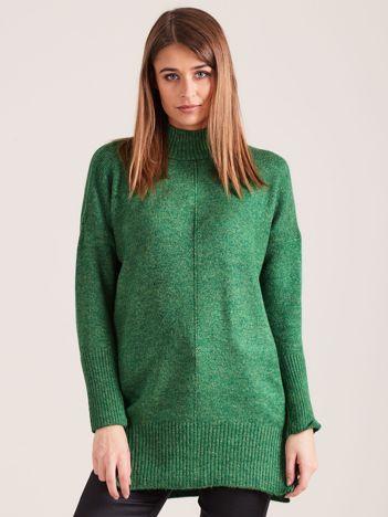 Zielony sweter damski z golfem