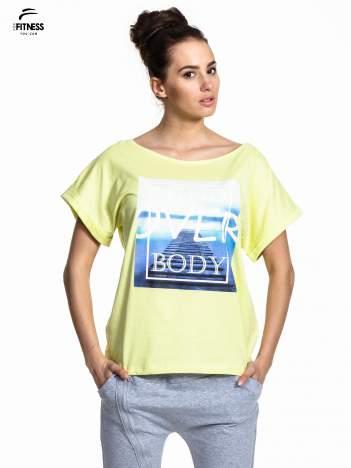Zielony t-shirt z napisem MIND OVER BODY