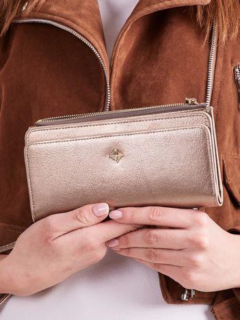 Złoty portfel z uchwytem