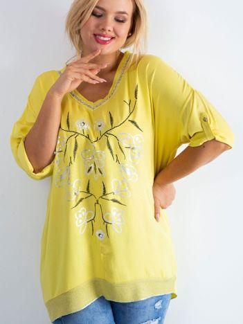 Żółta bluzka z nadrukiem i aplikacją PLUS SIZE
