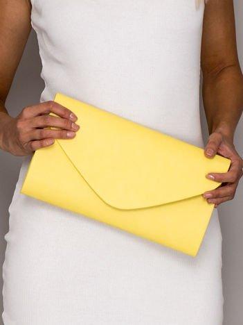 Żółta torba kopertówka