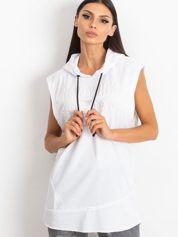 Biała bluza z nadrukiem z tyłu