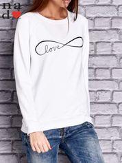 Biała bluza z napisem LOVE