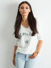 Biały sweter z nadrukiem