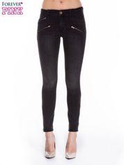 Ciemnoszare spodnie jeansowe typu skinny z suwakami