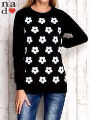 Czarna bluza z nadrukiem kwiatów