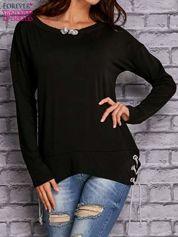 Czarna bluza z wiązaniami