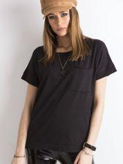 Czarna bluzka oversize z kieszonką