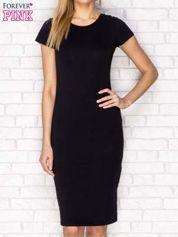 Czarna dopasowana sukienka basic