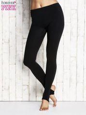 Czarne ocieplane legginsy z paskiem pod stopę