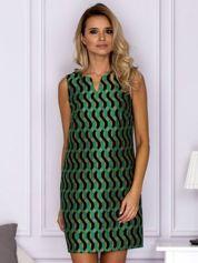 Czarno-zielona sukienka w geometryczne wzory